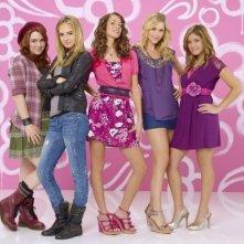 Megan Martin, Claire Holt, Nicole Anderson, Maiara Walsh e Jennifer Ston in una foto promozionale di Mean Girls 2