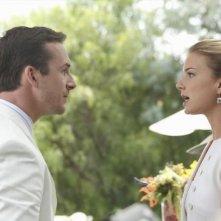 Revenge: Emily VanCamp e Barry Sloane nell'episodio Confession
