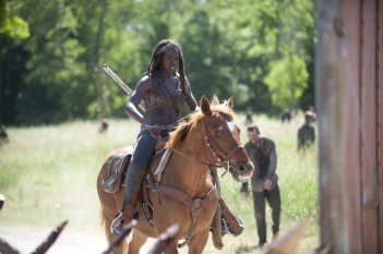 The Walking Dead: Danai Gurira nell'episodio Infected