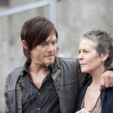 The Walking Dead: Norman Reedus e Melissa Suzanne nell'episodio 30 Days Without an Accident