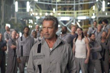 Escape Plan - Fuga dall'inferno: Arnold Schwarzenegger in una scena del film action