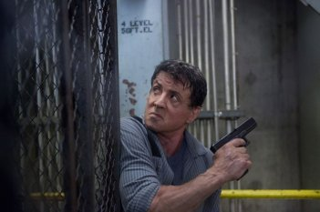 Escape Plan - Fuga dall'inferno: Sylvester Stallone in una scena dell'action carcerario