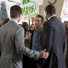 Arrow: Kevin Alejandro e Stephen Amell nell'episodio Identity