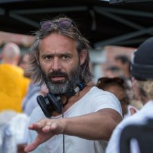 Cani sciolti: il regista Baltasar Kormákur sul set