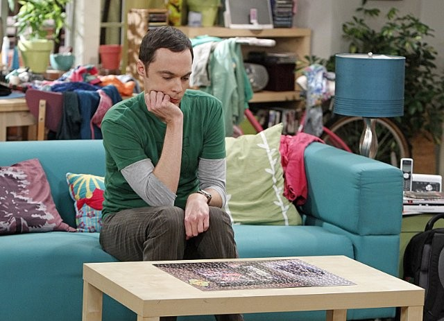 The Big Bang Theory: Jim Parsons nell'episodio The Scavenger Vortex