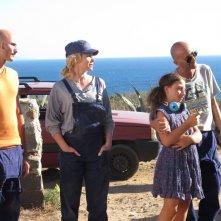Una piccola impresa meridionale: Giovanni Esposito, Giampiero Schiano, Mela Esposito e Barbora Bobulova in una scena