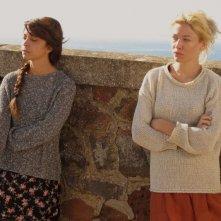 Una piccola impresa meridionale: Sarah Felberbaum insieme a Claudia Potenza in una scena