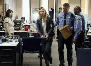 Homeland: Claire Danes nell'episodio Uh... Oh... Ah...