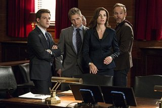 The Good Wife: Julianna Margulies in scena nell'episodio The Bit Bucket
