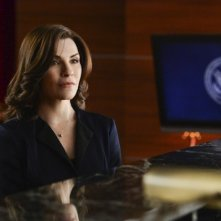 The Good Wife: Jullianna Margulies in una scena dell'episodio The Bit Bucket