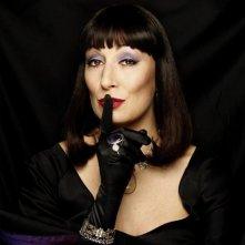 Anjelica Huston in Chi ha paura delle streghe?