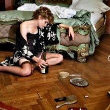 Altri tempi: Vittoria Puccini in una scena della fiction
