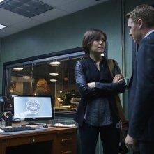 The Blacklist: Diego Klattenhoff e Megan Boone nell'episodio No. 84: Wujing