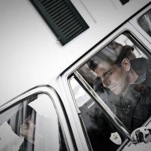 Song'e Napule: Giampaolo Morelli in una scena tratta dal film