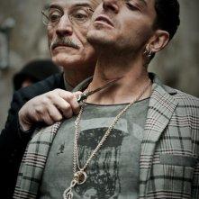 Song'e Napule: Peppe Servillo e Giampaolo Morelli in una scena del film