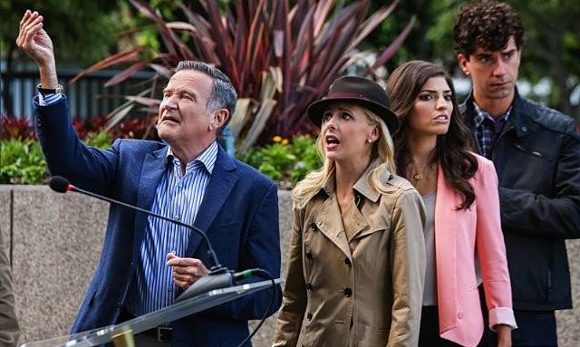 The Crazy Ones Amanda Setton Sarah Michelle Gellar Robin Williams Ed Hamish Linklater Nell Episodio  288723