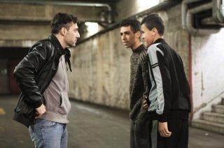 I corpi estranei: Filippo Timi e Jaouher Brahim in una scena