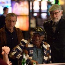 Last Vegas: Morgan Freeman, Kevin Kline e Robert De Niro in una scena del film