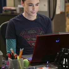 The Big Bang Theory: Jim Parsons nell'episodio The Raiders Minimization