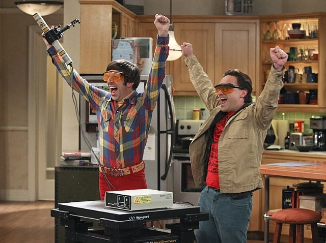 The Big Bang Theory Johnny Galecki E Simon Helberg Nell Episodio The Workplace Proximity 289050
