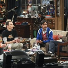 The Big Bang Theory: Johnny Galecki, Simon Helberg, Jim Parsons e Kunal Nayyar nell'episodio The Workplace Proximity