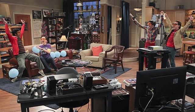 The Big Bang Theory Una Scena Dell Episodio The Workplace Proximity 289047