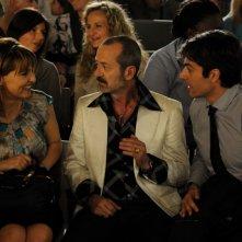 Un boss in salotto: Paola Cortellesi con Luca Argentero e Rocco Papaleo in una scena del film