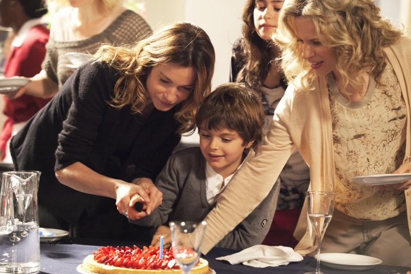 Una Grande Famiglia 2 Stefania Rocca Con Sonja Bergamasco Rosabell Laurenti E Filippo De Paulis 289228