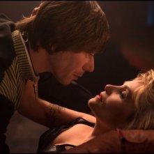 Venere in pelliccia: Emmanuelle Seigner insieme a Mathieu Amalric in una scena del film