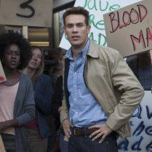 Arrow: Kevin Alejandro nell'episodio Identity