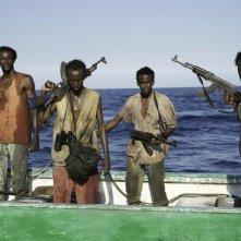 Captain Phillips - Attacco in mare aperto: pirati somali armati minacciano la nave americana in una scena del film