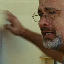 Captain Phillips: Tom Hanks impaurito in una scena del film