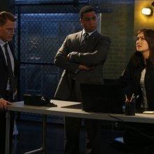 The Blacklist: Harry Lennix, Megan Boone e Diego Klattenhoff nell'episodio The Courier