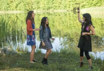 Witches of East End: Madchen Amick, Rachel Boston, Jenna Dewan Tatum nell'ep. Today, I Am a Witch
