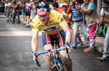 Ben Foster nei panni del ciclista Lance Armstrong