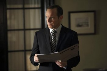 Agents of S.H.I.E.L.D.: Clark Gregg nell'episodio Girl in the Flower Dress