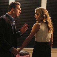Revenge: Barry Sloane ed Emily VanCamp nell'episodio Mercy