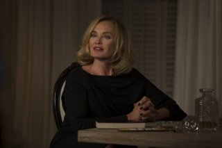 American Horror Story, Coven - Jessica Lange nell'episodio The Replacements