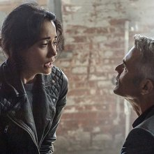 Hostages: Sandrine Holt e Dana Ashbrook in una scena dell'episodio Truth and Consequences