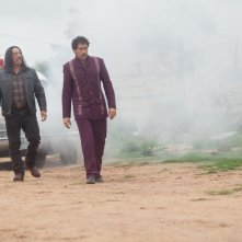 Machete Kills: Danny Trejo con Demian Bichir in una scena