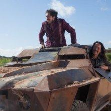 Machete Kills: Danny Trejo con Demian Bichir in una scena del film