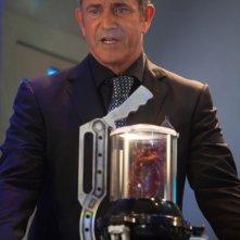 Machete Kills: Mel Gibson in una scena del film nei panni di Voz