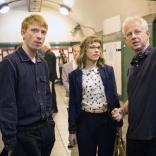 Questione di tempo: il regista Richard Curtis sul set con Domhnall Gleeson e Rachel McAdams