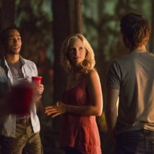 The Vampire Diaries: Kendrick Sampson, Paul Wesley e Candice Accola nell'episodio For Whom the Bell Tolls