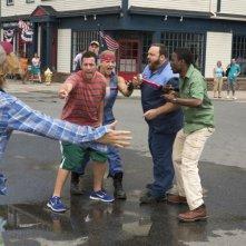 Un weekend da bamboccioni 2: Adam Sandler, Chris Rock e Kevin James in una concitata scena
