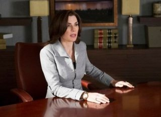 The good Wife: Julianna Marglulies in una scena dell'episodio Hitting the Fan