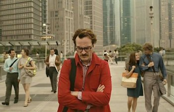 Her: Joaquin Phoenix nei panni di Theodore in un momento del film