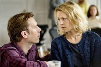 Sorrow and Joy: Jakob Cedergren con Helle Fagralid in una scena