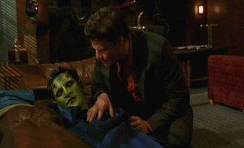 Angel: David Boreanaz ed Andy Hallett nell'episodio Lo spirito della festa