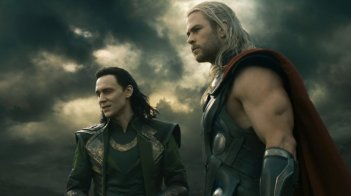 Thor: The Dark World, Chris Hemsworth col fratello Tom Hiddleston